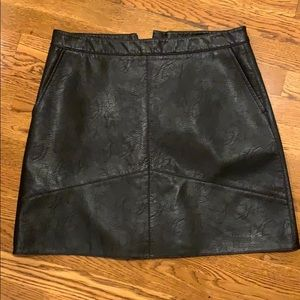 Zara faux leather skirt size large